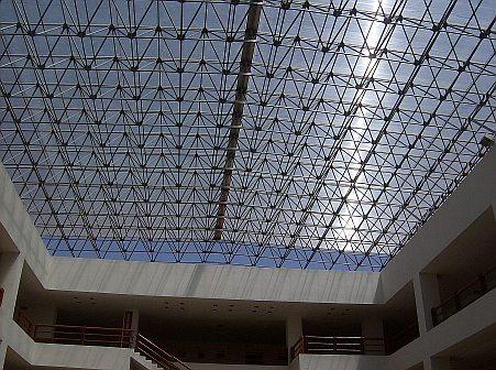 Domos y techos transparentes for Techos para albercas